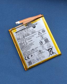Батарея Motorola HD40 (Moto Z2 Force) оригинал с разборки (S-сток) ёмкость 90-95%
