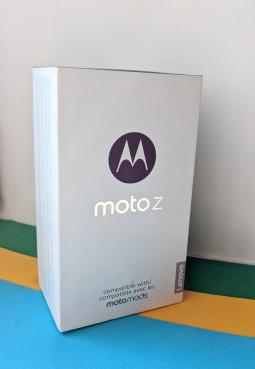 Коробка Motorola Moto Z Droid
