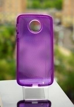 Чехол Motorola Moto Z Tech21 фиолетовый - изображение 4