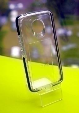 Чехол Motorola Moto E4 Plus Gear4 на США версию