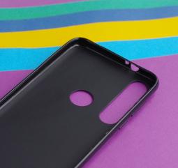 Чехол Motorola Moto G8 Plus черный матовый - фото 5