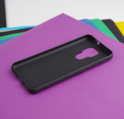 Чехол Motorola Moto G9 Play чёрный матовый - фото 2
