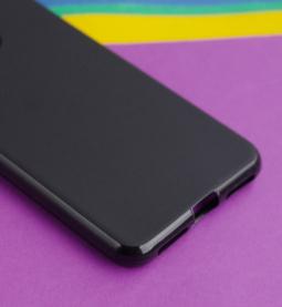 Чехол Motorola Moto One (P30 Play) черный матовый - фото 5