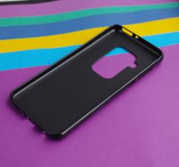 Чехол Motorola Moto One Zoom черный матовый - фото 3