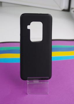 Чехол Motorola Moto One Zoom черный матовый - фото 4