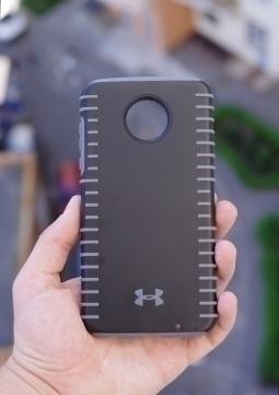 Чехол Motorola Moto Z2 Play Under Armour чёрный - изображение 6