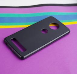 Чехол Motorola Moto Z4 черный матовый