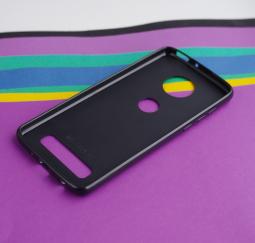 Чехол Motorola Moto Z4 черный матовый - фото 3