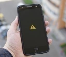 Чехол Motorola Moto Z CaseMate с ножкой - изображение 2