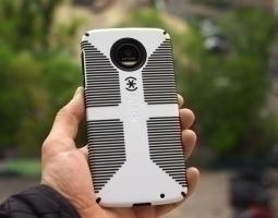 Чехол Motorola Moto Z Speck black / white