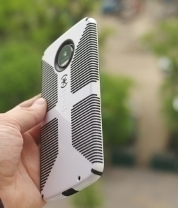 Чехол Motorola Moto Z Speck black / white - изображение 4
