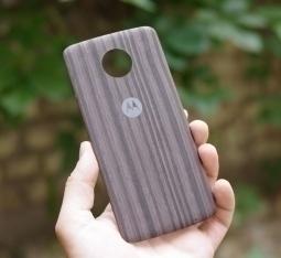 Крышка мод Motorola Moto Z2 Play дерево