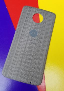 Крышка мод Motorola Moto Z2 Play дерево светлая (А-сток)