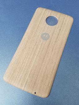 Крышка мод Motorola Moto Z3 дерево светлая (B-сток)