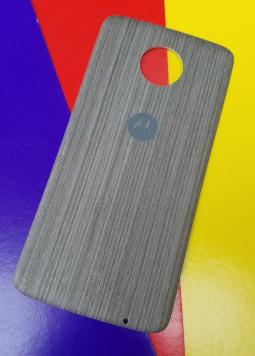 Крышка мод Motorola Moto Z3 дерево светлая (А-сток)