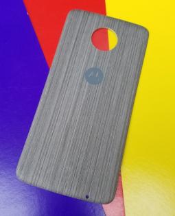 Крышка мод Motorola Moto Z3 Play дерево светлая (А-сток)