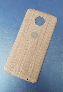 Крышка мод Motorola Moto Z4 дерево светлая (B-сток)