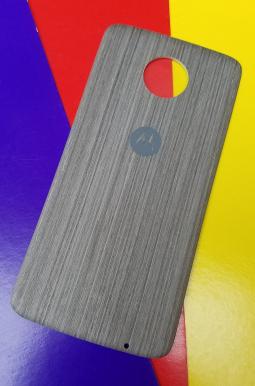 Крышка мод Motorola Moto Z4 дерево светлая (А-сток)