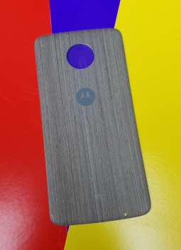 Крышка мод Motorola Moto Z Droid дерево светлая (B-сток)