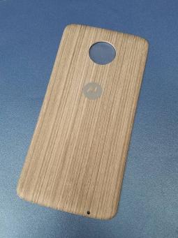 Крышка мод Motorola Moto Z Droid дерево светлая (А-сток)
