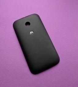 Крышка Motorola Moto E чёрная (B-сток)