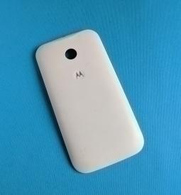 Крышка Motorola Moto E белая (А-сток)