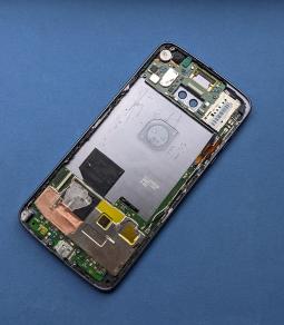 Материнская плата в корпусе Motorola Moto Z2 Force (А-сток)