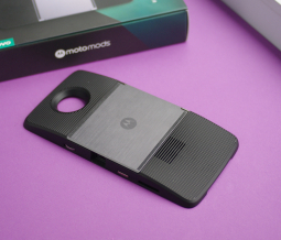 Moto Mod проектор (Motorola Moto Z3)