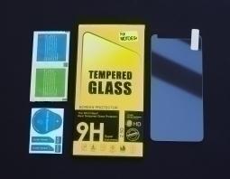 Защитное стекло Motorola Moto E5 Plus
