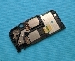 Динамик Motorola Moto Z3 Play в рамке