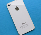 Крышка Apple iPhone 4s белая C-сток в царапинах